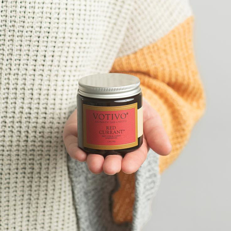 Picture of Votivo Red Currant 2.8 Jar Candle